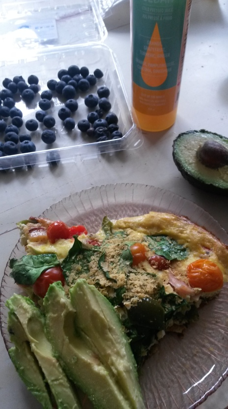 I sprinkled my fritata with nutritional yeast and had avocado beside it, blueberries on the side. I drank a cold pressed juice (not the most Whole 30 choice) to try to combat this cold I feel trying to come back.